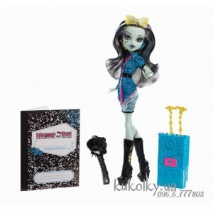 Кукла Френки Скариж (Monster High Travel Scaris Frankie Stein)